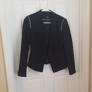 Black h and m blazer.